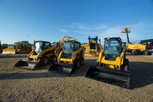 Choosing Small Equipment: Skid Steer or Compact Track Loader?